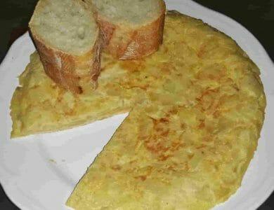 tortilla, tortilla de patatas, tortoilla de patata, tortilla patata, toprtilla freidora sin aceite, tortilla fridora de aire, tortilla de patatas freidora sin aceite, receta tortilla de patatas