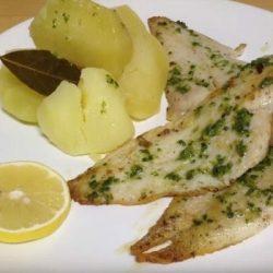 Merluza, merluja al ajillo,merluza al ajo, filetes de merluza, pescado en la freidora sin aceite, recetas pescado